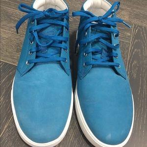 Timberland Men's Blue Chukka Shoes